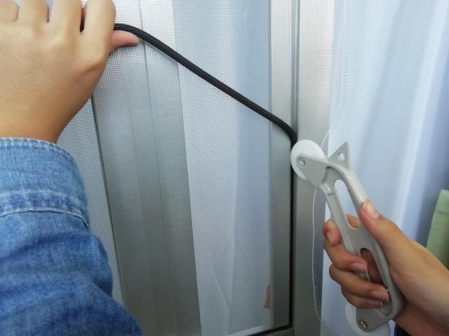 大規模修繕に伴って網戸を修理および交換したときの費用目安
