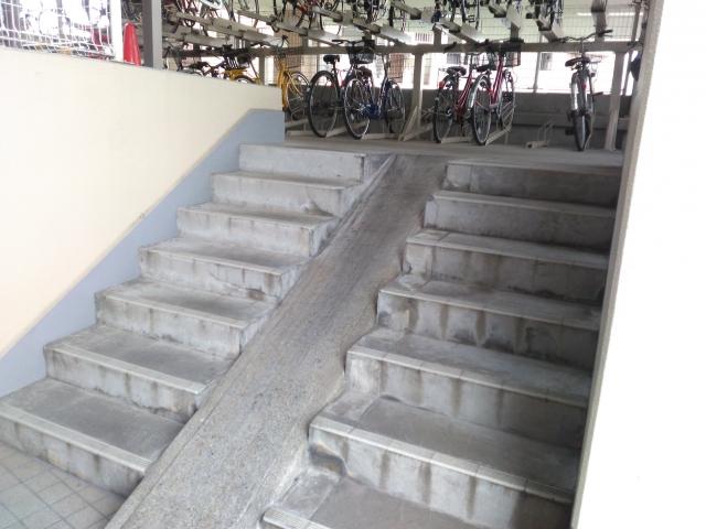 マンション大規模修繕に伴う「階段」の工事内容!確認申請が必要なの?