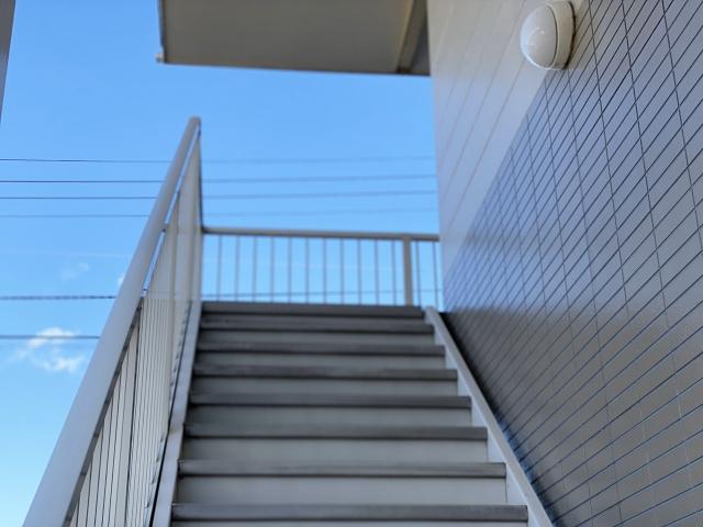 マンションの「階段」も主要構造部!大規模の修繕・模様替になる定義とは?