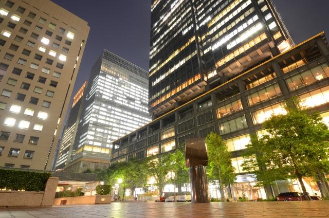 商業ビル・オフィスビルの一般的な大規模修繕周期と費用目安